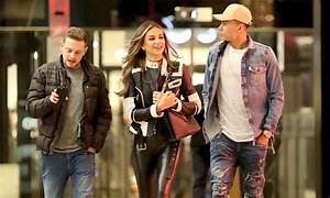 Tottenham star Dele Alli enjoys double date with ...