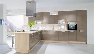 Ikea kuche abstrakt valdolla for Küche grau hochglanz
