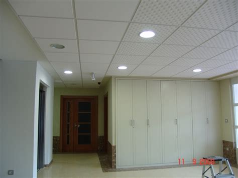 smooth white glossy pvc ceiling panels 2x4 sound