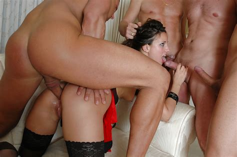 italian Milf Pornstar Claudia Rossi Taking Anal sex In Gangbang