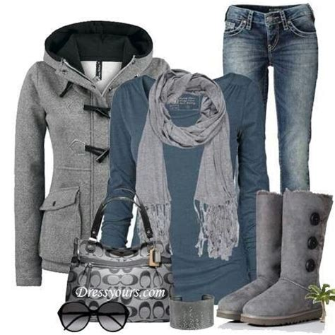 Grey Uggs Outfit