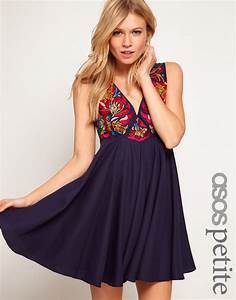 lyst asos exclusive trapeze dress with baroque With robe noire fluide