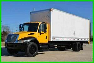 International 4300  2004    Van    Box Trucks