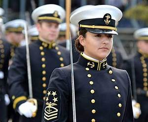 bilde (583×480) | Pretty Army Uniforms | Pinterest | Navy ...