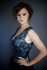 Keegan Connor Tracy photo gallery - high quality pics of ...