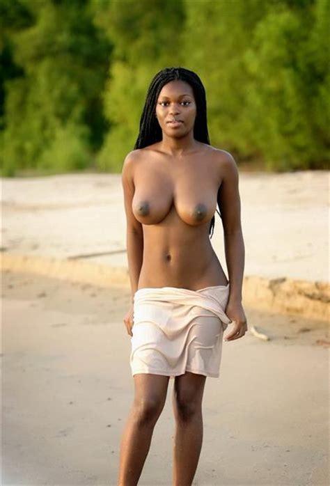 Naked Adult Black Female Muchphrases Com