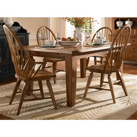 Broyhill Dining Room Furniture by Broyhill Attic Heirlooms Oak Finish Dining Room