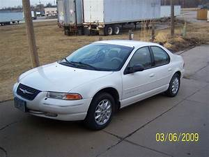 1999 Chrysler Cirrus - Information And Photos