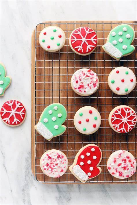 naturally dyed  decorated christmas cookies simply sissom