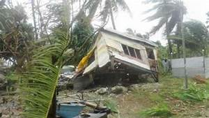 Cyclone Ula: Hundreds evacuated as first Pacific cyclone ...