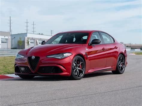 2019 Alfa Romeo Giulia Barracuda : 2019 Alfa Romeo Giulia Arrives With New Sporty Styling