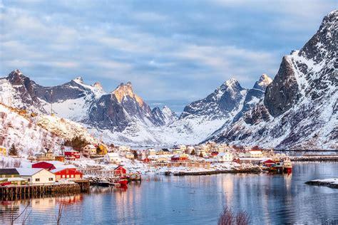 weather cold winter destinations visit vacation go start