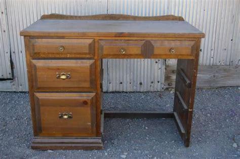 vieux bureau 5 façons de transformer un vieux meuble pour moins de 50