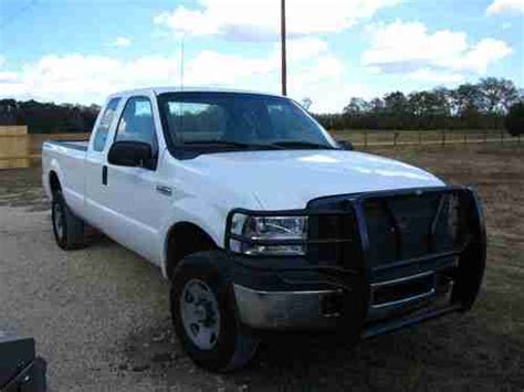 find   ford    extended cab super duty