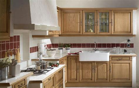 cuisine chene clair moderne davaus cuisine en chene clair moderne avec des idées intéressantes pour la conception de