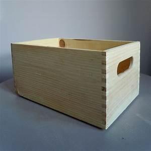 Caisse En Bois : d corer une petite caisse en bois dans le style romantique ~ Nature-et-papiers.com Idées de Décoration