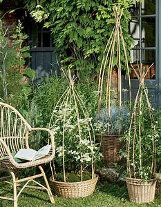Panier Osier Plante : faire des paniers tuteurs en bambou pour le jardin marie claire ~ Teatrodelosmanantiales.com Idées de Décoration