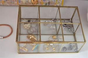 Boite A Bijoux Verre Et Laiton : boite a bijoux verre et metal make up xxl ~ Teatrodelosmanantiales.com Idées de Décoration
