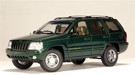 dark green jeep autoart 1999 jeep grand cherokee dark green 74014 in