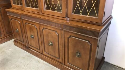 Distinctive Furniture By Stanley Hutch by Distinctive Furniture By Stanley China Cabinet