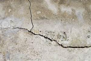 Probleme D Humidite Mur Interieur : r parer la fissure d un mur ~ Melissatoandfro.com Idées de Décoration