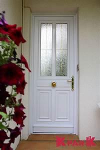 Porte D Entrée Blanche : porte d 39 entr e blanche pvc avec fen tre int gr e mod le ~ Melissatoandfro.com Idées de Décoration