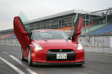 Cars With Wing Doors : Lsd Wing Doors For Nissan Gt-r