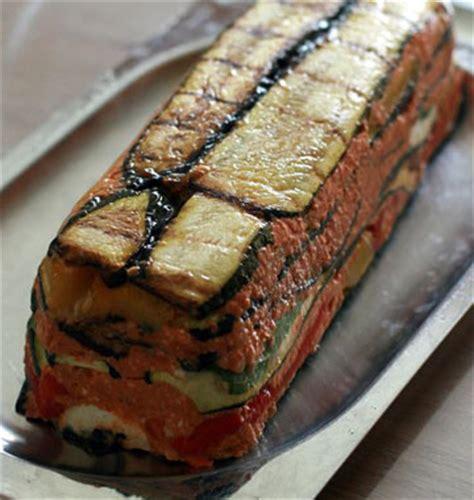 recette cuisine ete terrine aux légumes d été chèvre et pesto de tomates