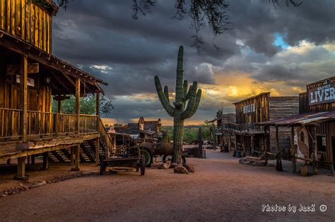 A view of Goldfield Ghost Town   Shutterbug
