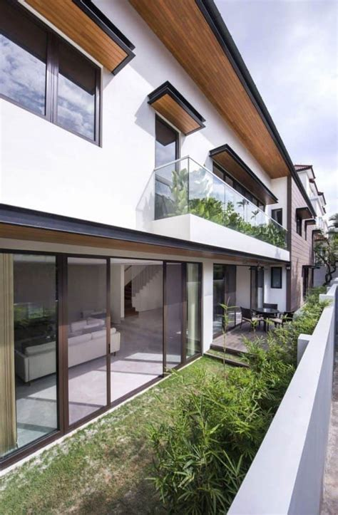 Different Outdoor Balcony Railing Types  Wearefound Home