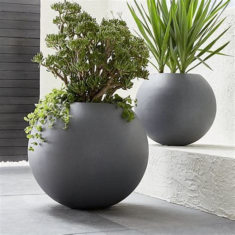 modern indoor planters 26 best modern indoor planters images on