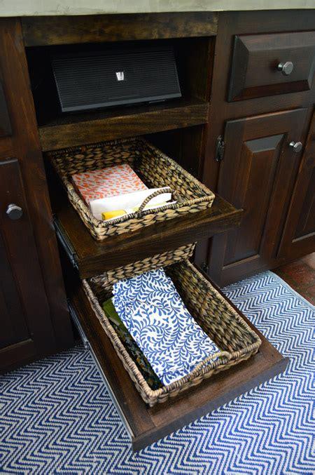 adding diyed pull  basket drawers   kitchen