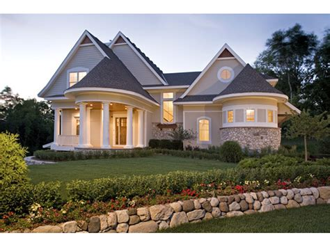 hilliard luxury home plan   house plans