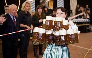 Who Is Perfect München : rollende bierton bier en oktoberfest ~ Udekor.club Haus und Dekorationen