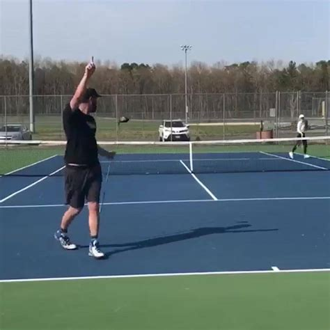 SPORTbible - Tennis Vs Golf 🎾🏌😂 | Facebook