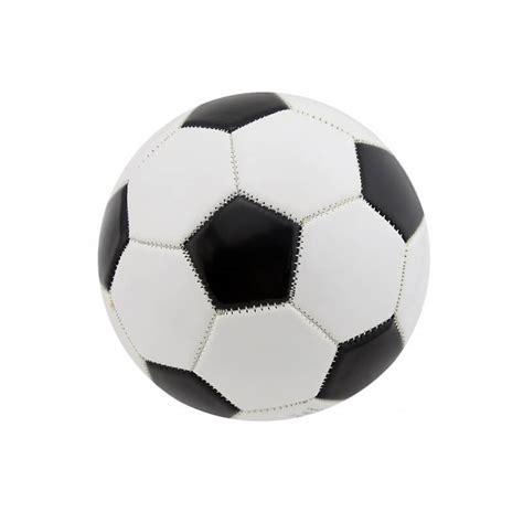 ballon de foot en pate d amande 28 images gateau ballon de foot la cuisine d une oummi