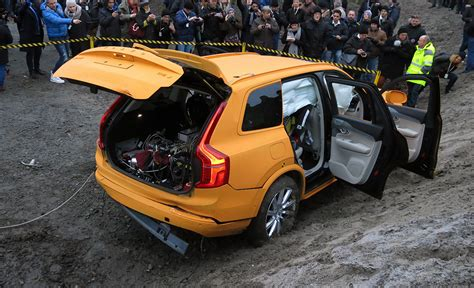 Volvo 2020 Goal by Volvo S Vision 2020 The Road To Safety Cool