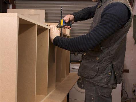 fabriquer sa cuisine en mdf le médium un matériau moyennement fiable pour les meubles
