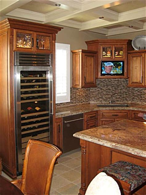 tv for kitchen cabinet custom kitchen cabinets from darryn s custom cabinets 8598