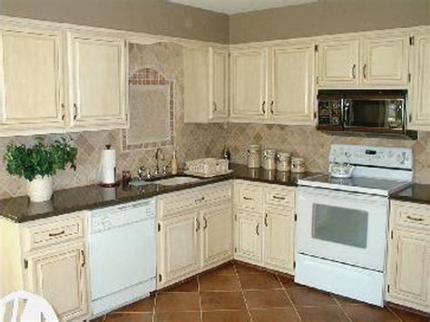Antique White Kitchen Design Ideas by Painting Kitchen Cabinets Antique White Kitchen Design Ideas