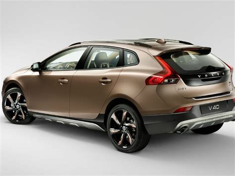 volvo  launch   cars  india  year autogyaan