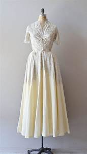 vintage 1940s wedding dress / lace 40s wedding gown ...