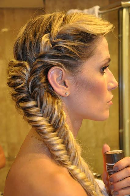 Amazing Worlds Tour Amazing Quick & Easy Long Hairstyles