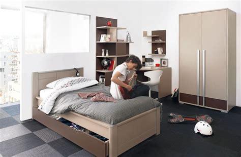 chambres et lits pour jeunes adolescents