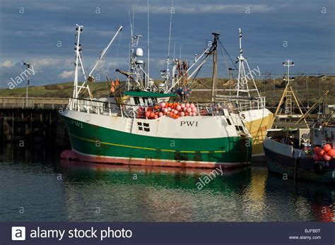 Boat Transport Cornwall by Padstow S Premier Fishing Trawler Pw1 Quot Berlewen Quot In