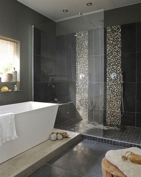 une salle de bains chic et contemporaine dans 10m 178 leroy