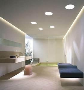 Wohnzimmer Decke Verkleiden : abgeh ngte decke mit indirekter beleuchtung als dekoration beleuchtung wohnzimmer decke ~ Watch28wear.com Haus und Dekorationen