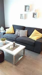 Salon Gris Blanc : deco salon jaune et noir ~ Dallasstarsshop.com Idées de Décoration