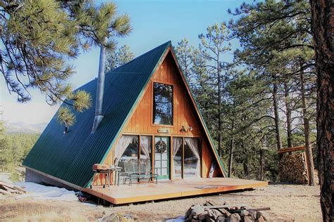 10 Cozy Cabins for $300,000 or Less