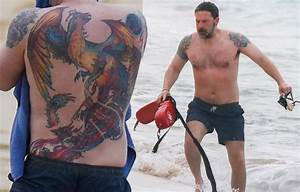 Ben Affleck Sports Back Tattoo